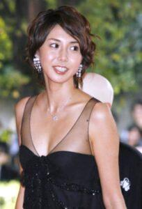 松嶋菜々子 カップ 水着 若い頃